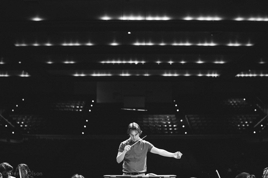 10-music-director-daniel-meyer-rehearsing