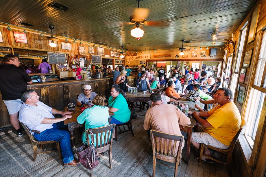 Gruene Hall bar
